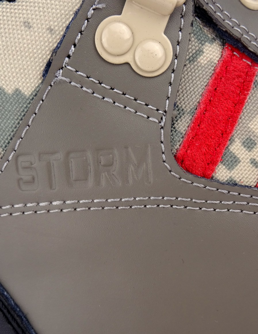 Boots Storm Digital Grey
