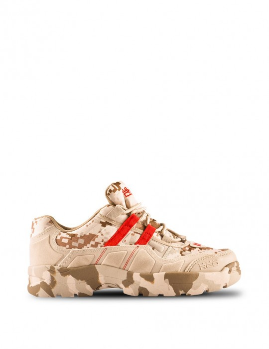 Boots Attack Digital Camo